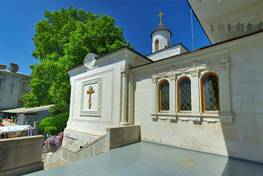 фоторепортаж. царский храм в ливадии: 80 лет крестовоздвиженская церковь была закрыта... православие в україні - інформаційний в